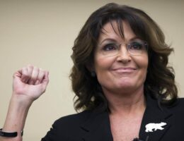 Sarah Palin Is Making a Comeback, Whether You Like It or Not