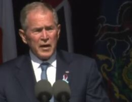 """Steve Bannon: George Bush Does Not Only Hate Trump – He """"HATES Your Guts"""" (VIDEO)"""