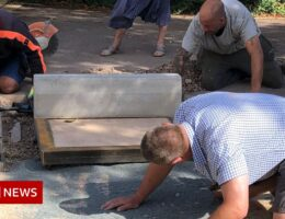 Timelapse shows how Winchcombe meteorite driveway was removed
