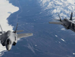 US F-22 Raptor Pilot Describes The Challenge Of Going Up Against The F-35