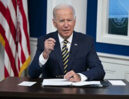 Biden's Smoke and Mirrors: Where's That Vaccine Mandate on Businesses With 100-Plus Employees?