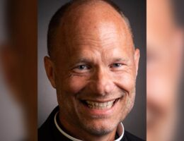 St. Louis Priest Is Placed on Sabbatical For His Conservative Stance and For Not Wearing A Mask